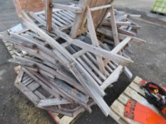 PALLET OF WOODEN CHAIRS AND TABLES.