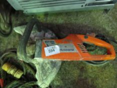 HUSQVARNA 110 VOLT BLOCK CUTTING SAW.