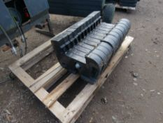 12 X 31KG TRACTOR FRONT WEIGHTS.