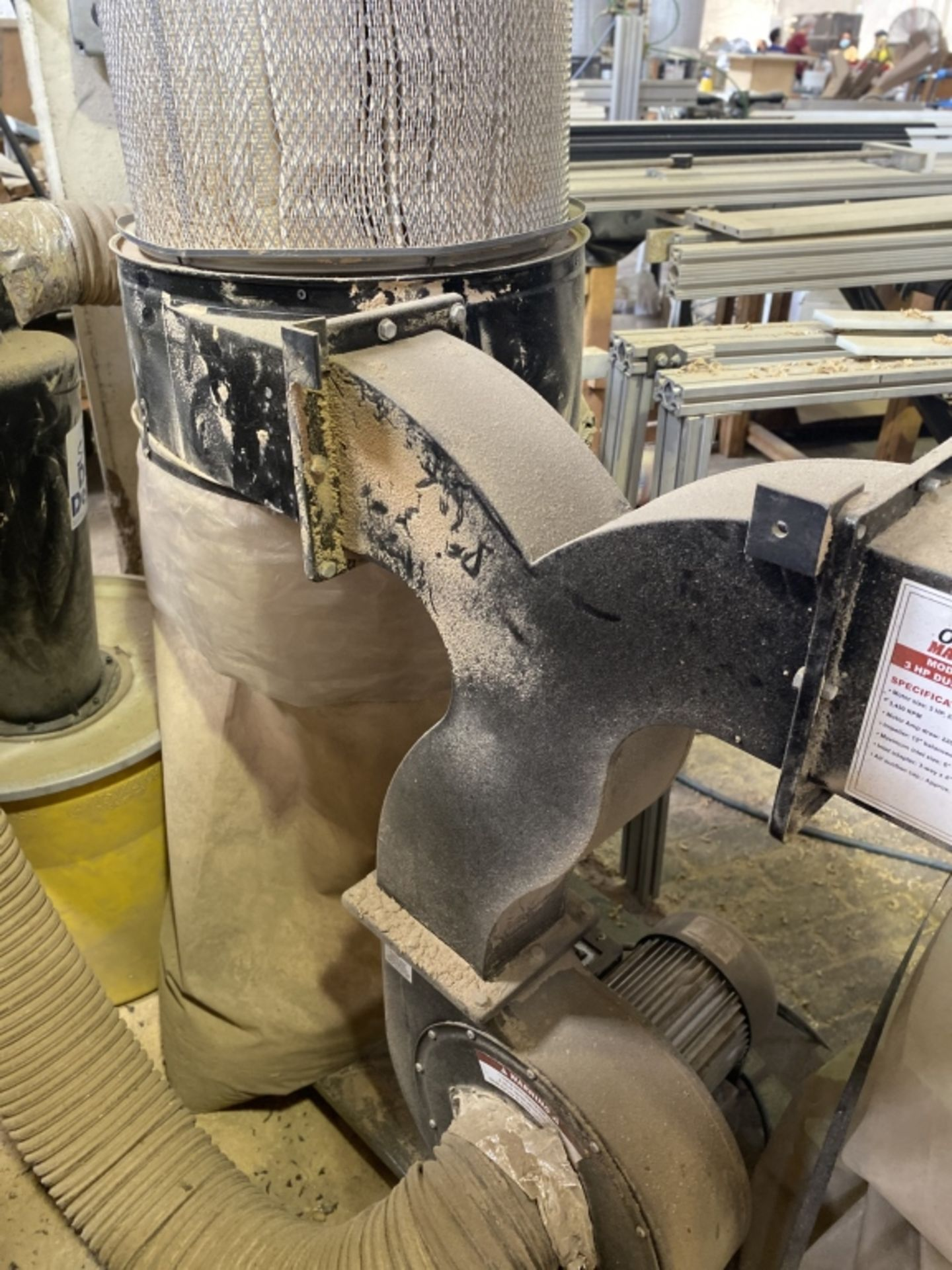 Lot 1020 - Central Machinery 4-Bag Dust Collector