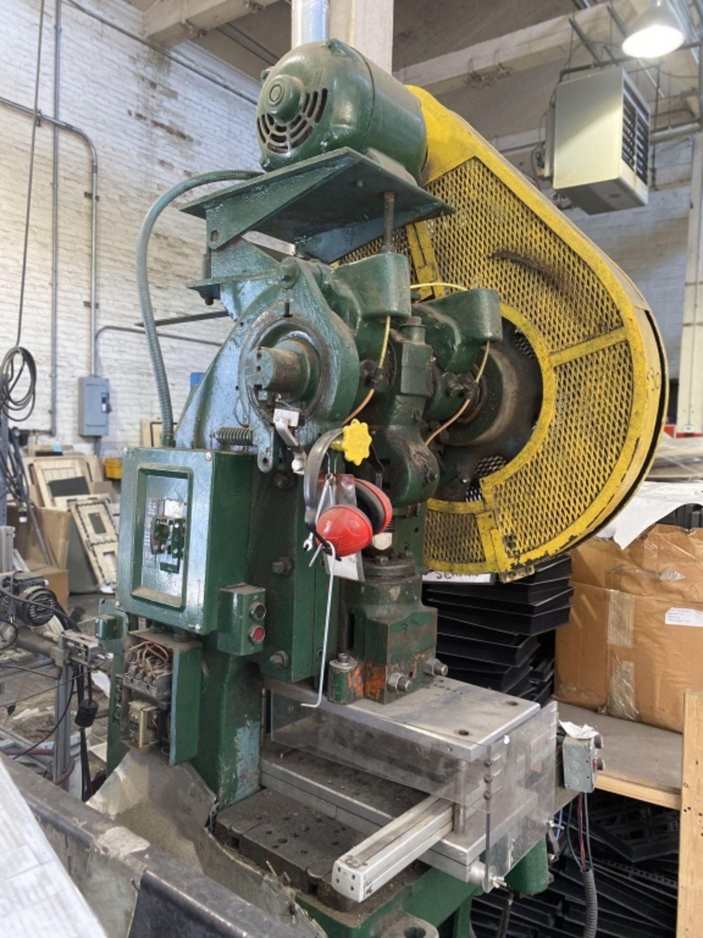 Lot 1003 - Bliss Mechanical Clutch Punch Press