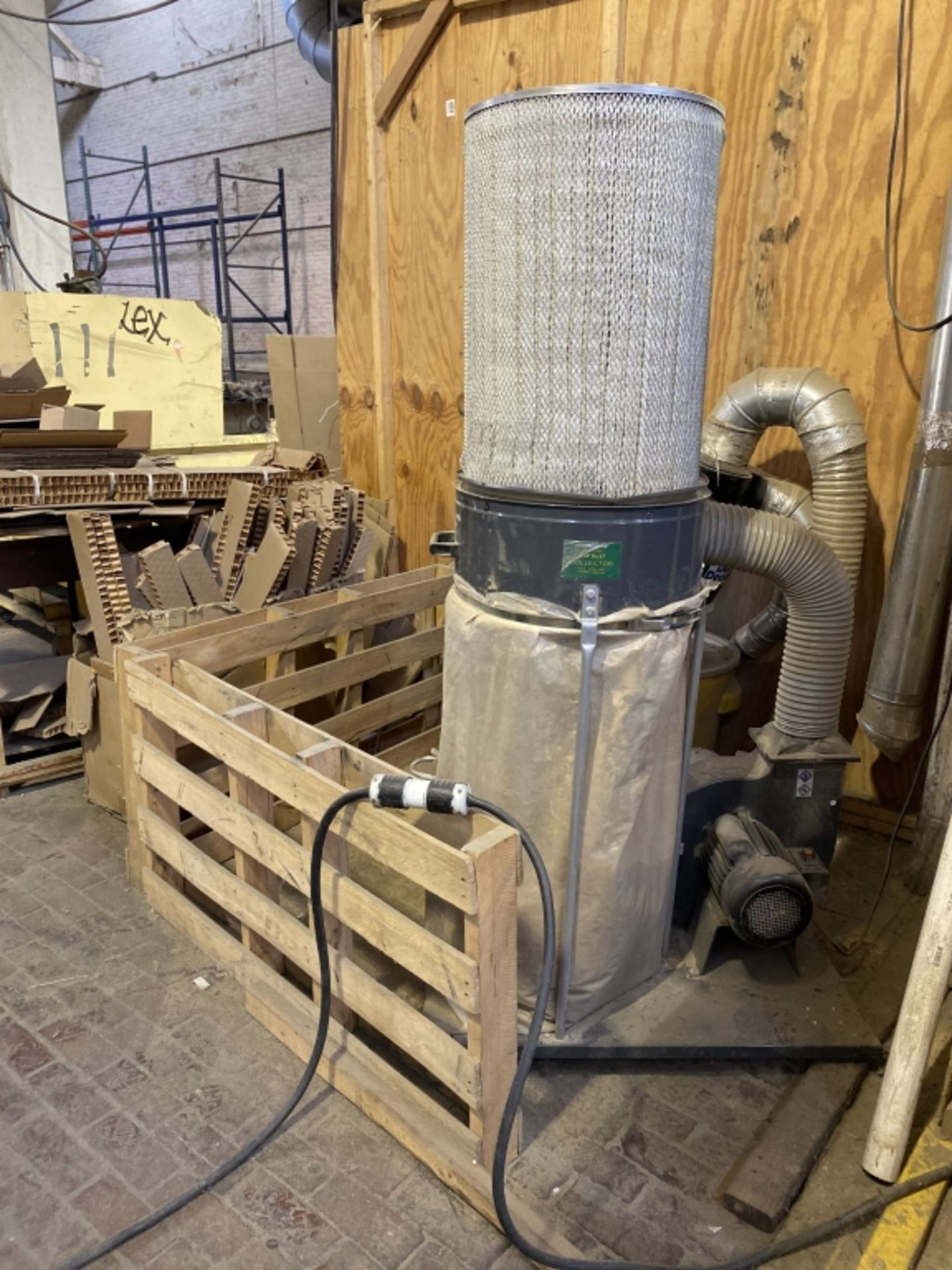 Lot 1022 - 2-Bag Dust Collection System