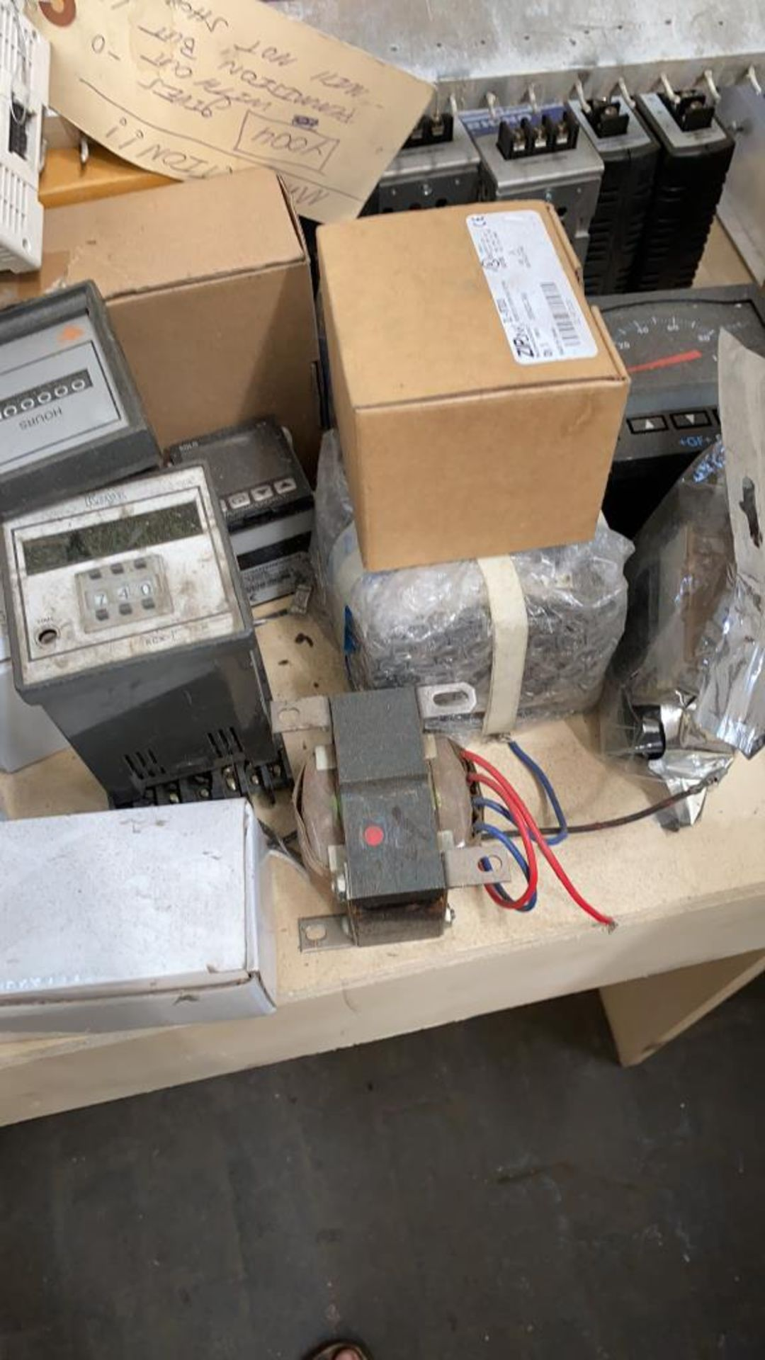 Lot 1047 - Assorted Automation Controls