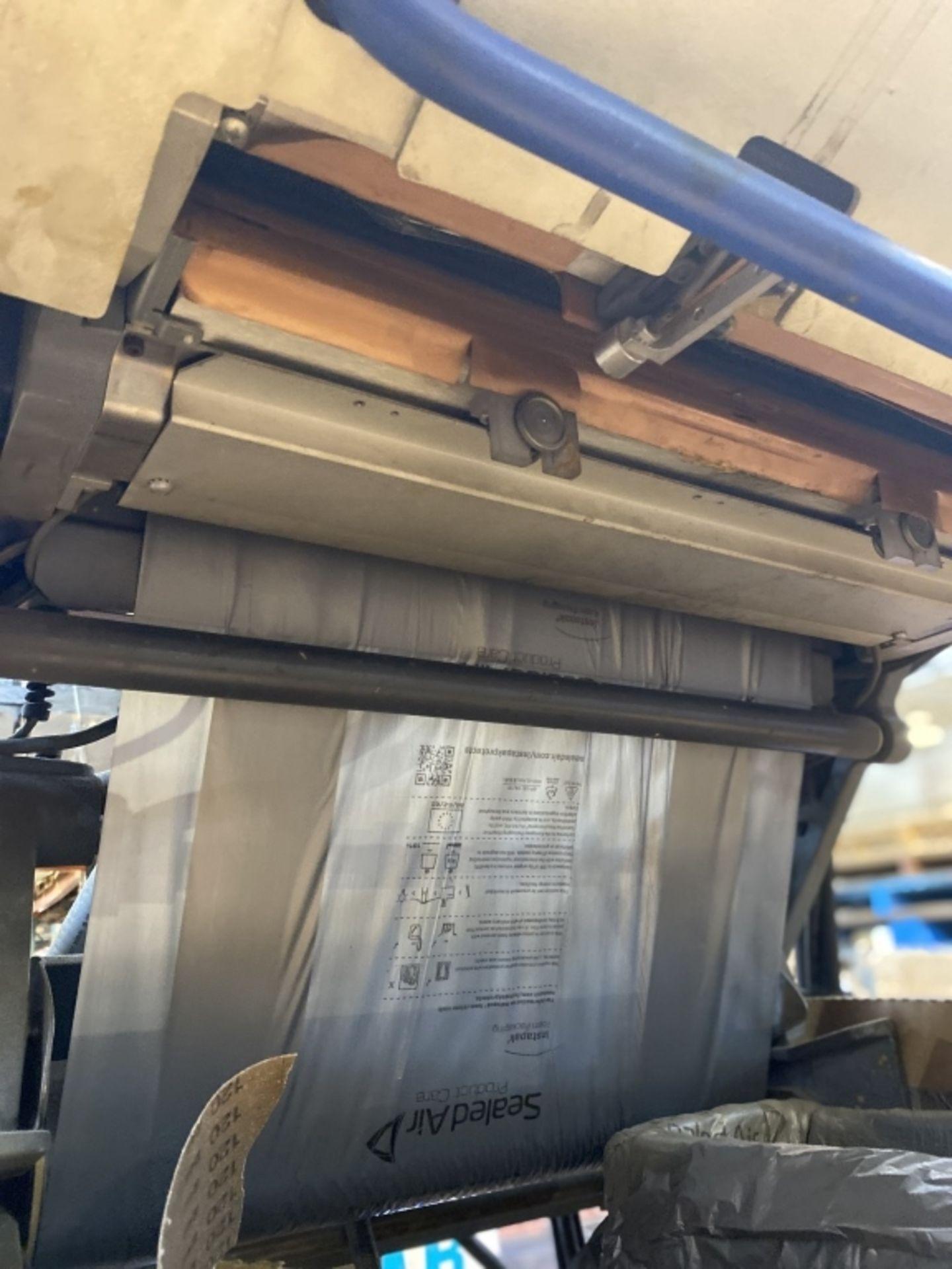Lot 1001a - Sealed Air Speedy Packer