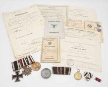 Ordensnachlass inkl. Papieren für Pionier Kliebisch, 1911 bis 1945