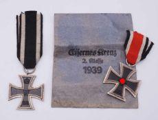Zwei Eiserne Kreuze 2. Klasse, 1914 und 1939