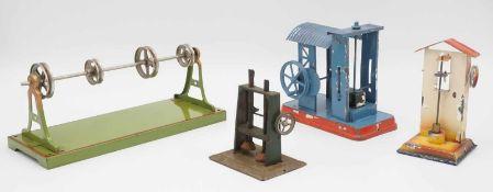 Eine Transmission von Märklin und drei Hammerwerke
