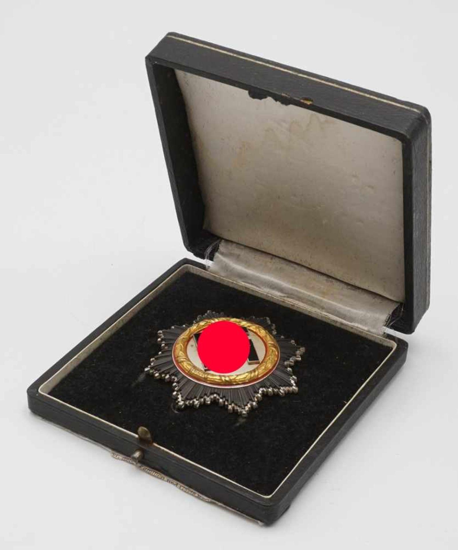 Deutsches Kreuz in Gold mit Etui