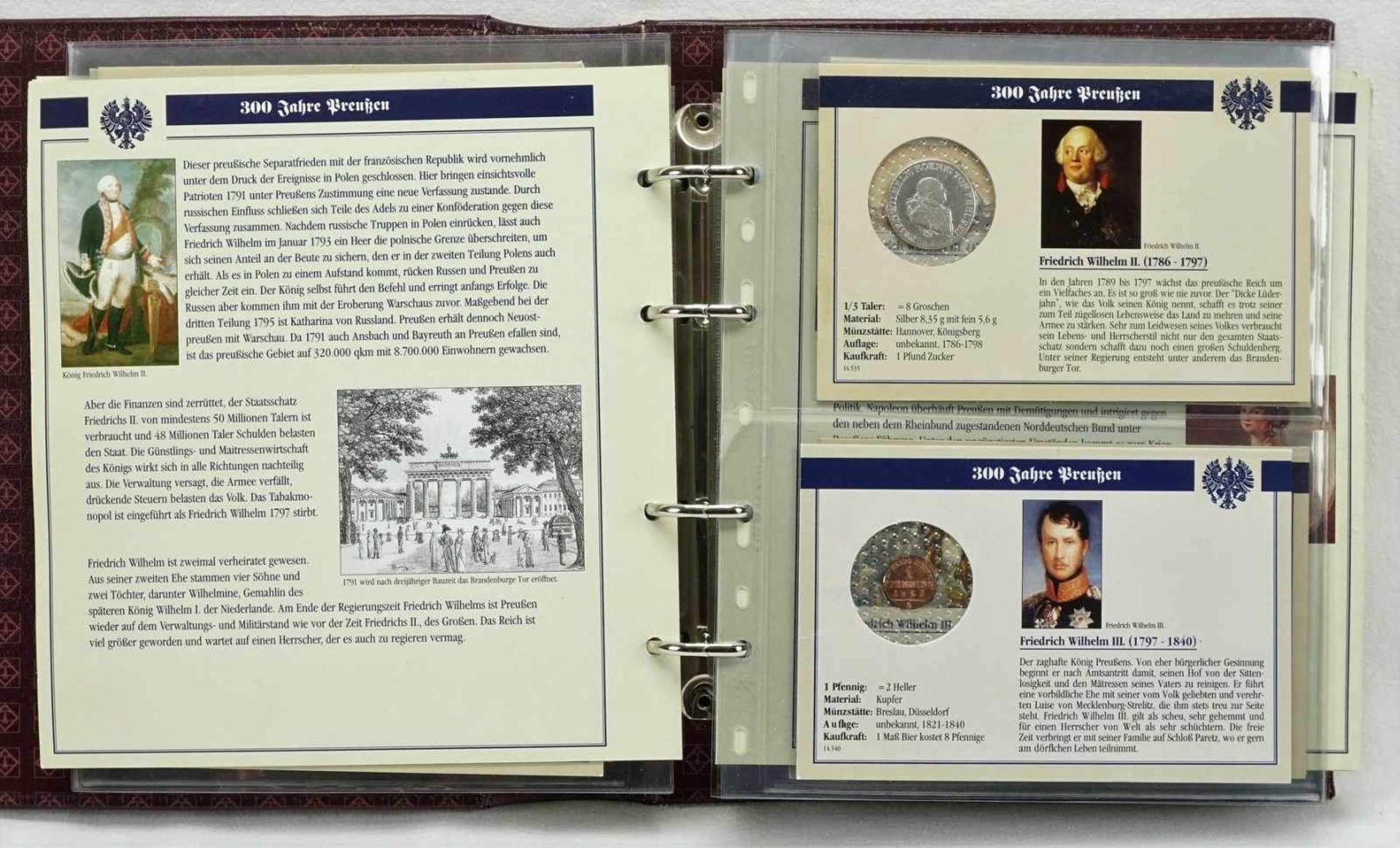 """Album """"300 Jahre Preußen"""" mit 32 Münzen"""