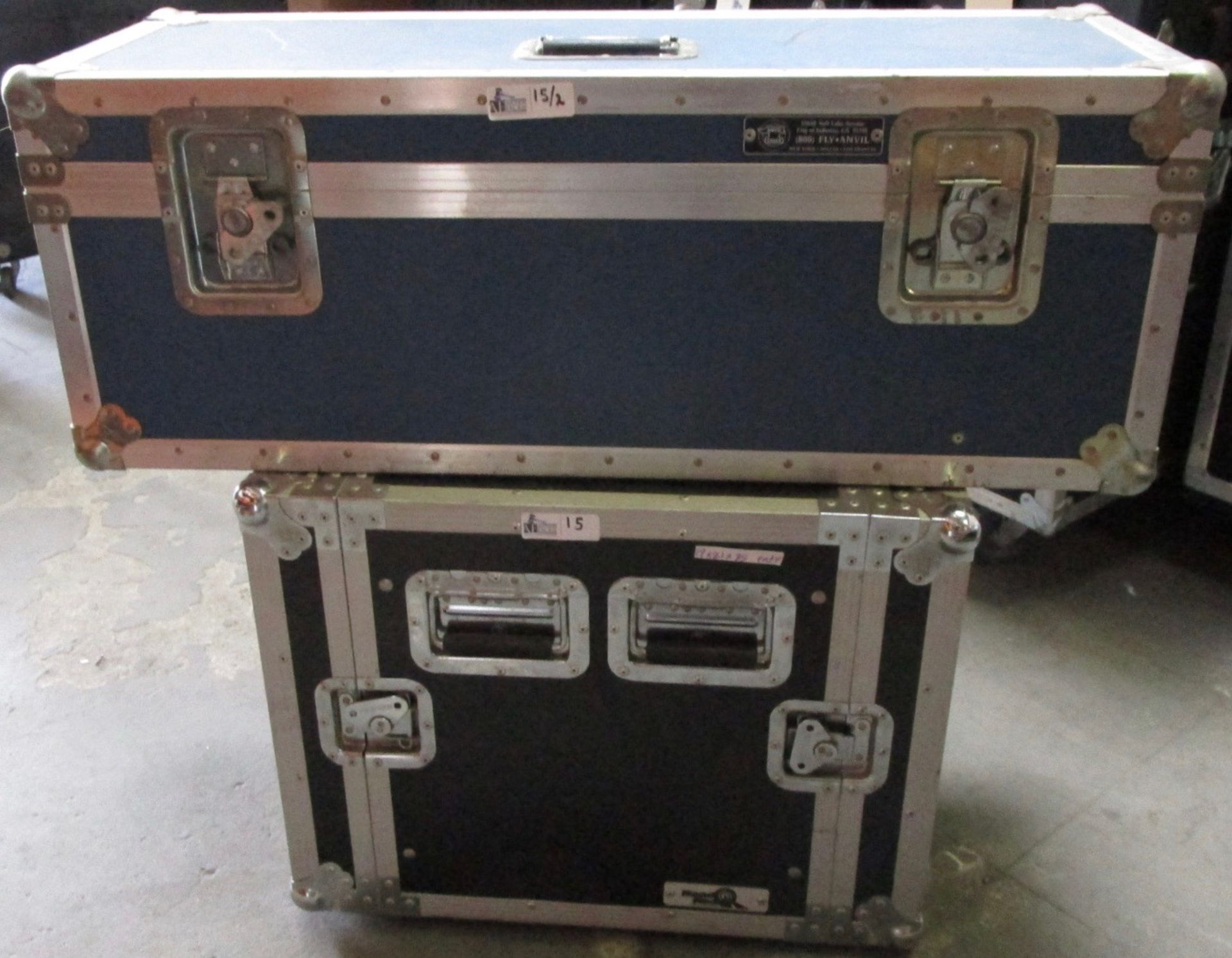 Lot 15 - LOT OF 2 TRAVEL CASES