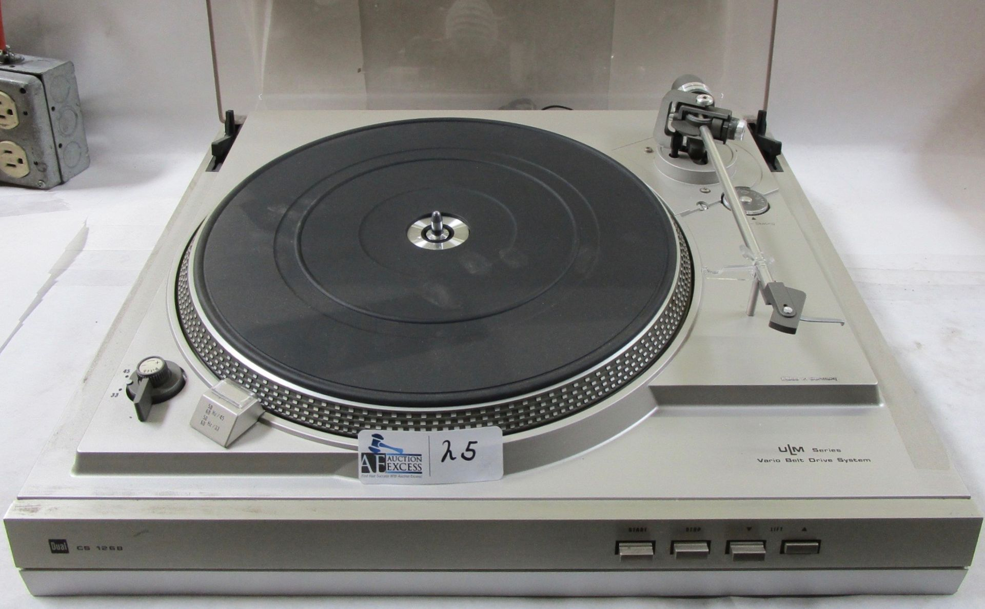 Lot 25 - DUAL CS 1268 TURNTABLE