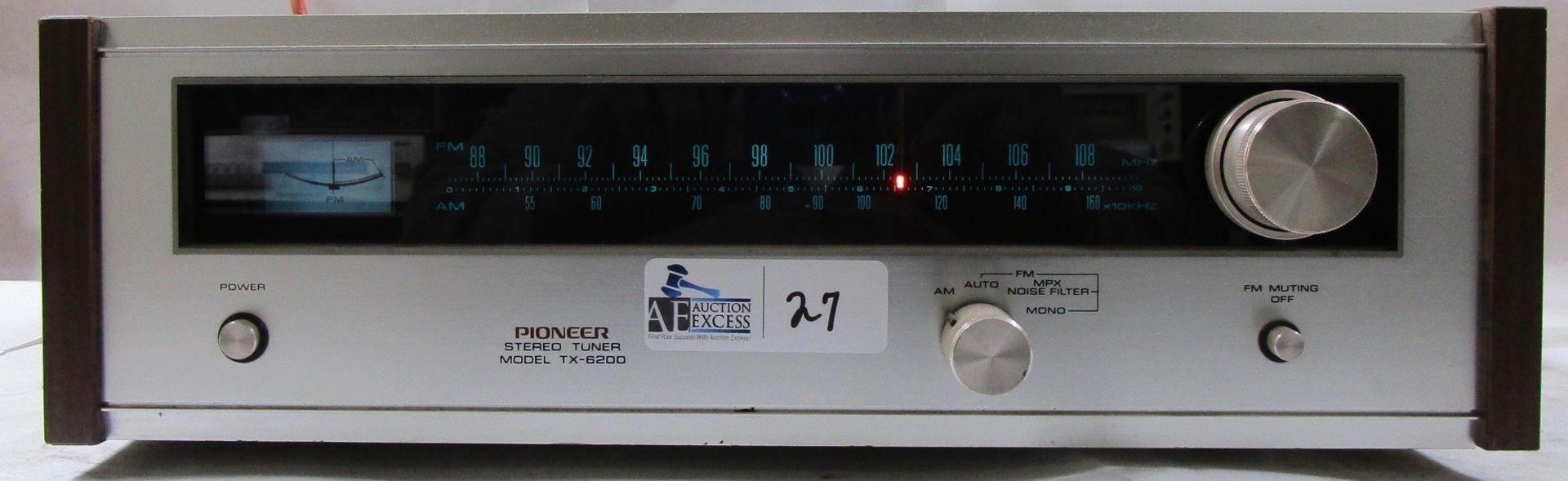 Lot 27 - PIONEER TX-6200 TUNER