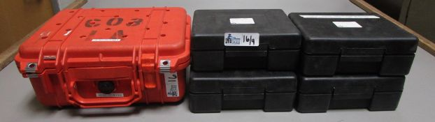LOT OF 5 PLASTIC ELECTRONIC CASES