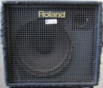 ROLAND KC-500 STEREO MIXING KEYBOARD AMP