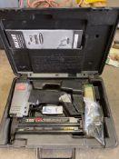 SENCO SLP20 PNEUMATIC FINISHING NAIL GUN