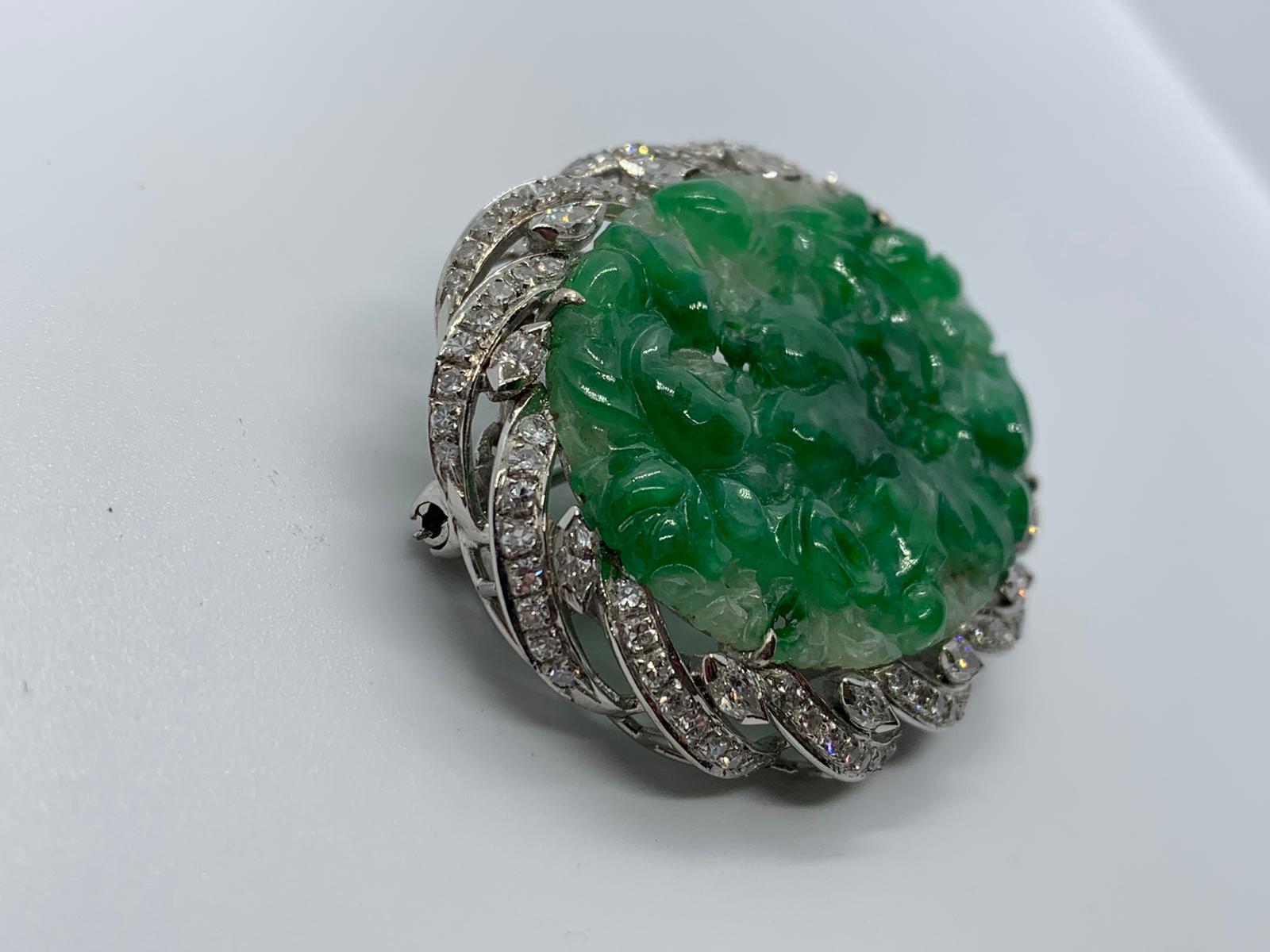 Lot 11 - 18ct white gold jade & diamond brooch