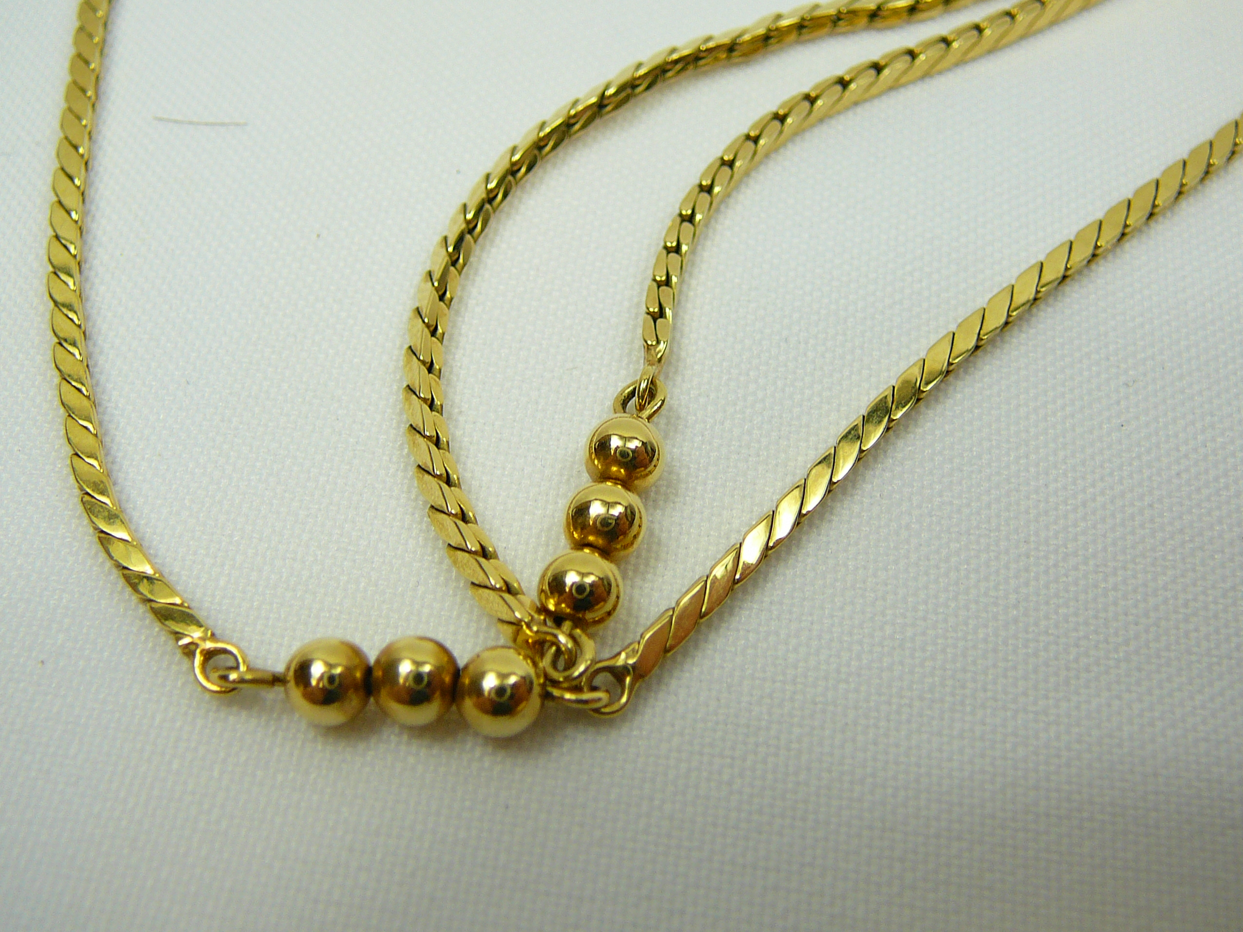 Lot 7 - Ladies Gold Fob Watch on Neck Chain