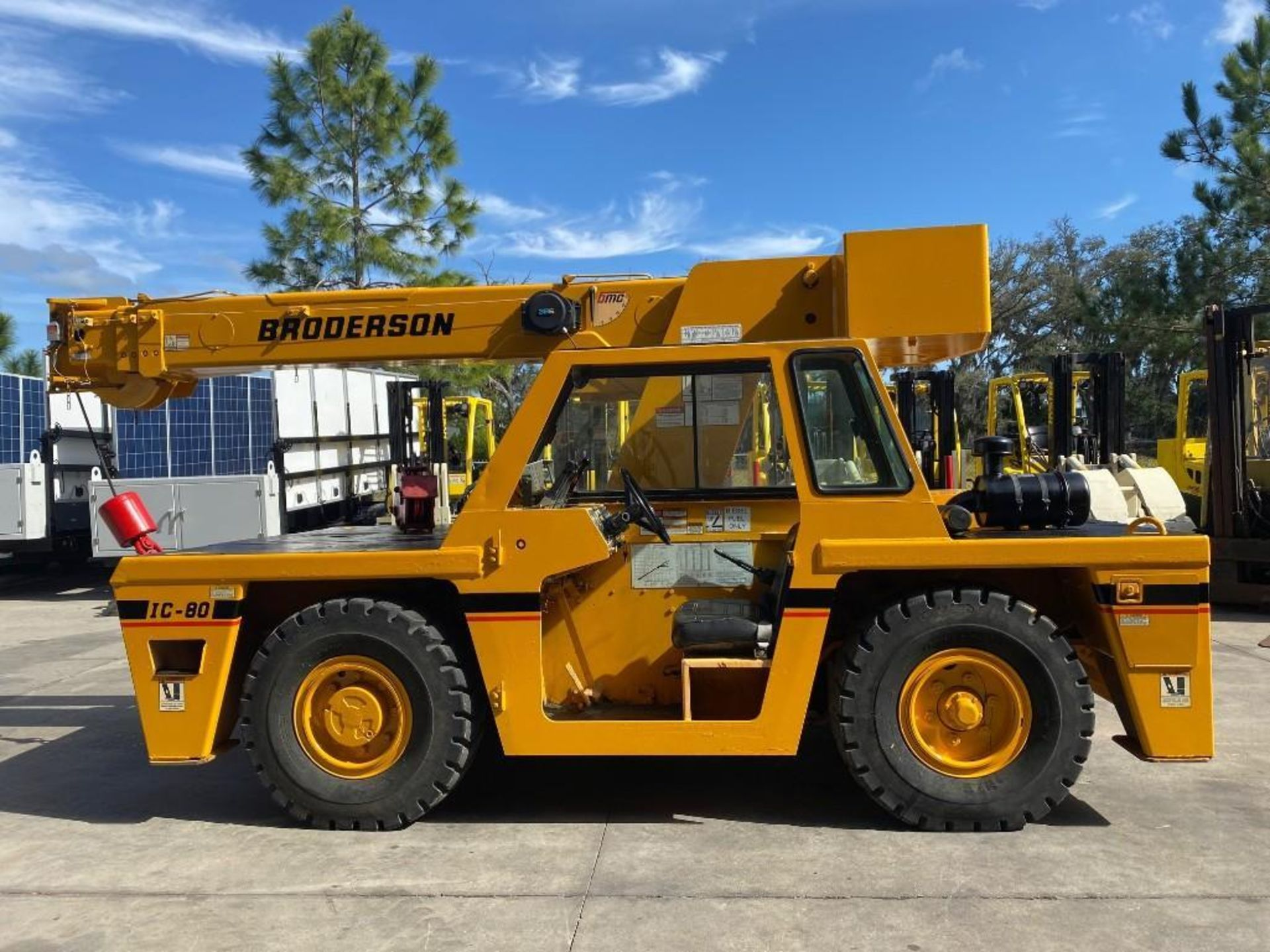 Lot 80 - BRODERSON IC80-2G 9 TON DECK CRANE, DIESEL, OUT RIGGERS, BIG SHIPPER II 386 LMI SYSTEM