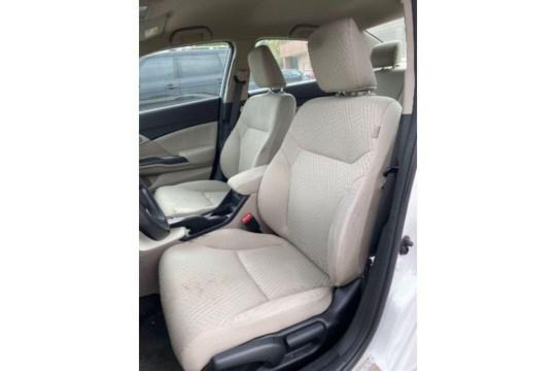 Lot 39C - 2014 HONDA CIVIC 4-DOOR SEDAN, NATURAL GAS, AUTOMATIC WINDOWS AND LOCKS, RUNS & DRIVES