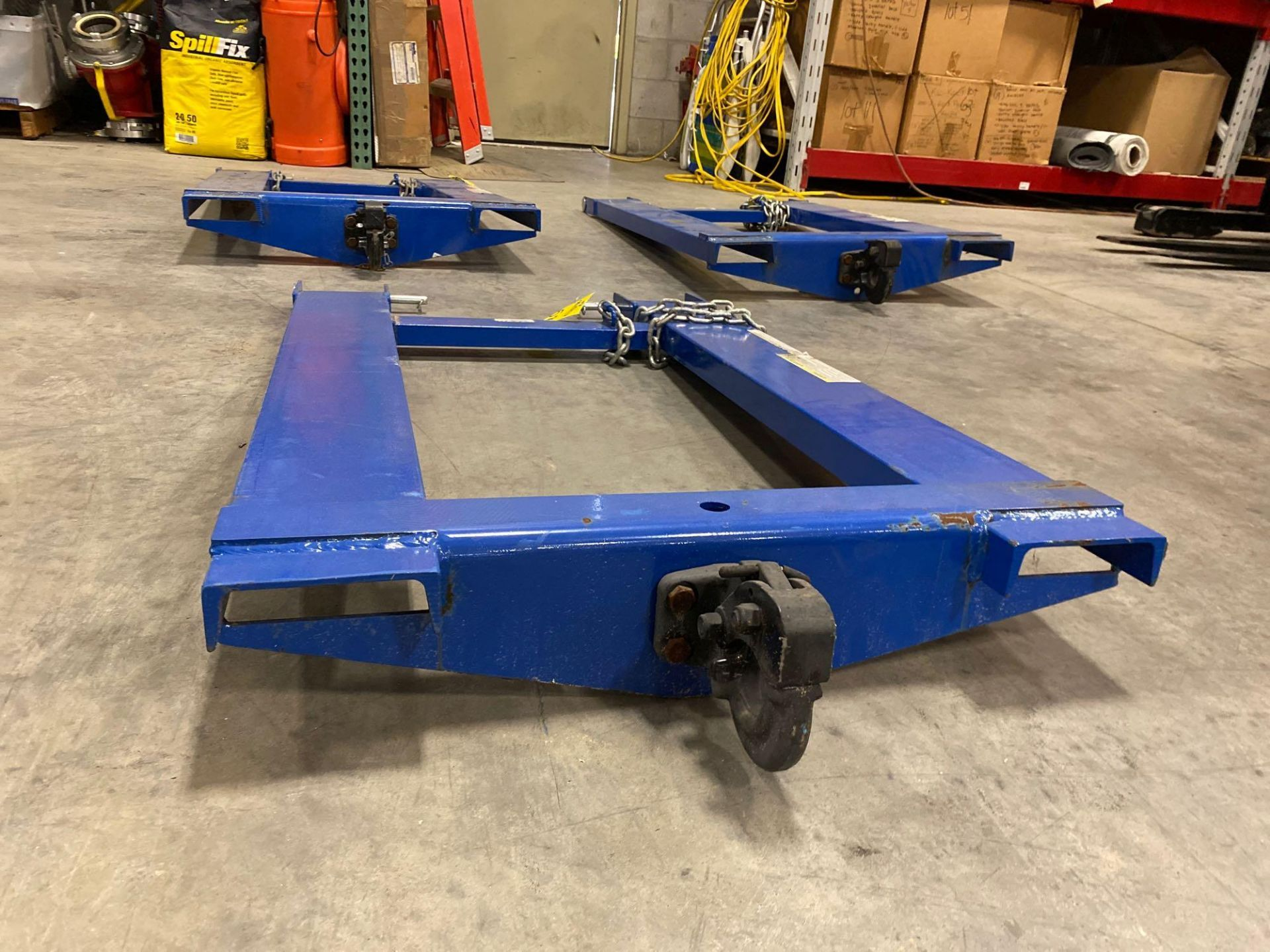 Lot 58 - UNUSED FORKLIFT TRAILER MOVING ATTACHMENT MODEL HOOK-BASE-44