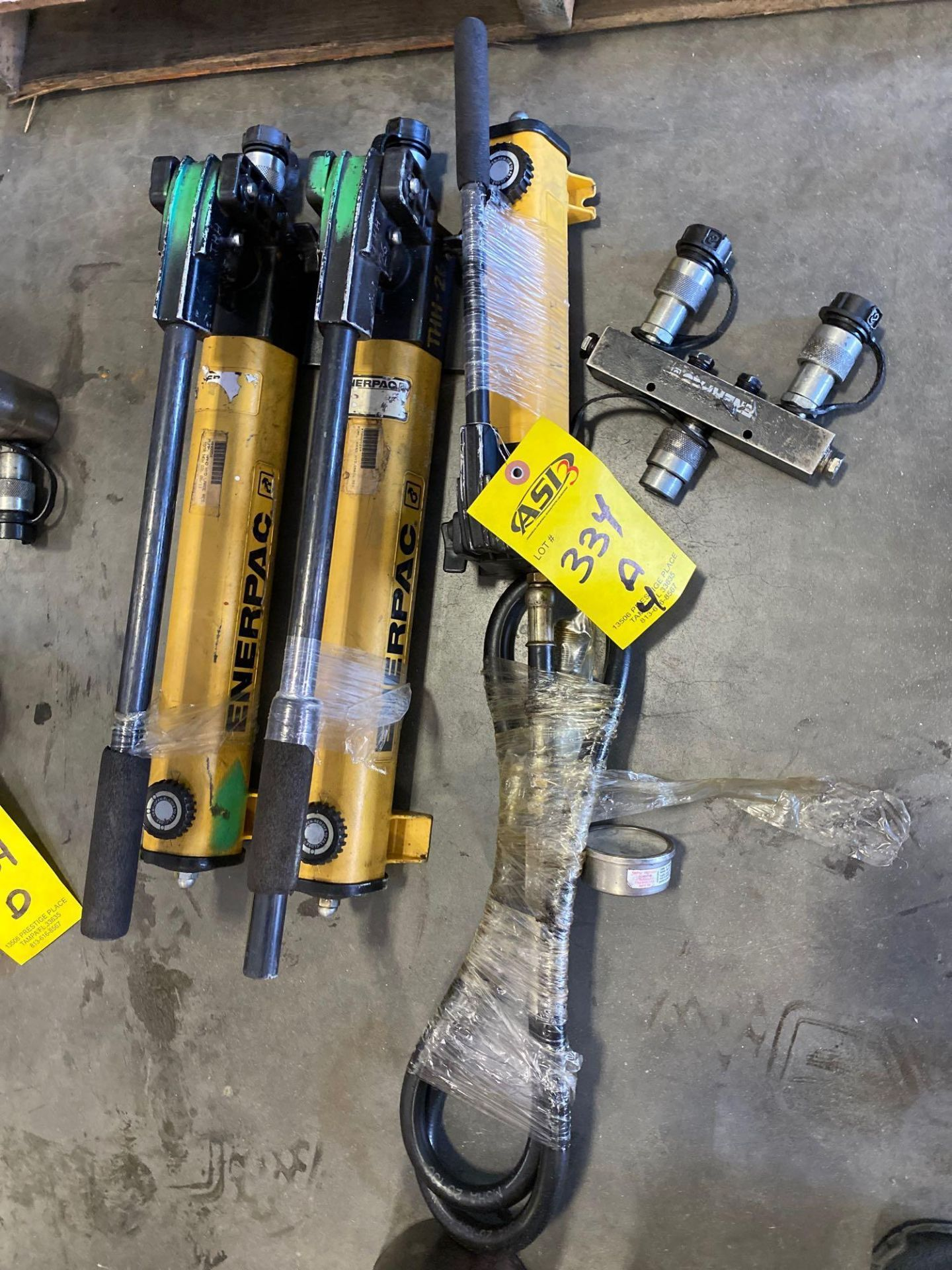 Lot 334A - ENERPAC HAND PUMPS AND ATTACHMENT