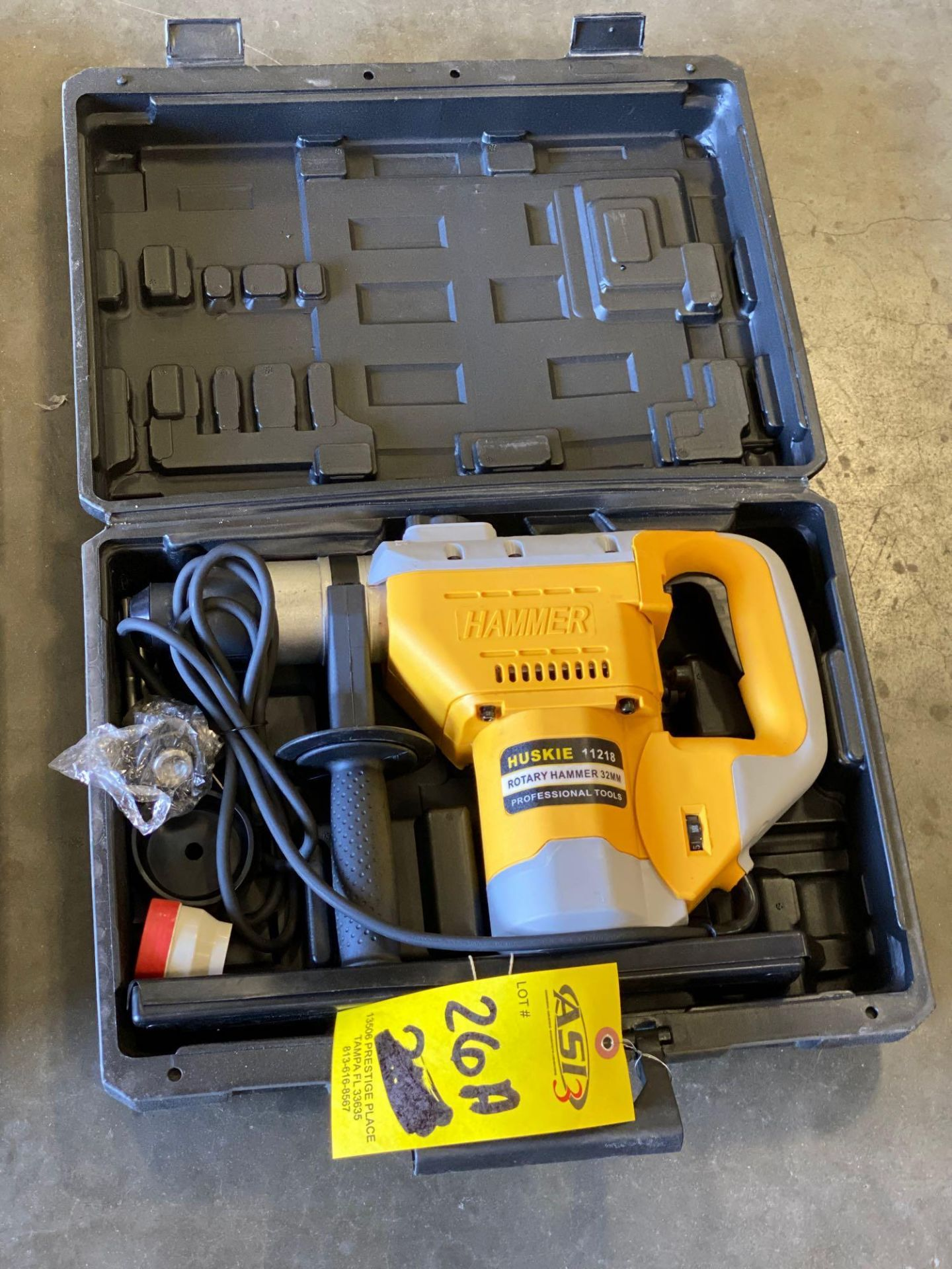 Lot 26A - UNUSED HUSKIE 11218 ROTARY HAMMER 32MM