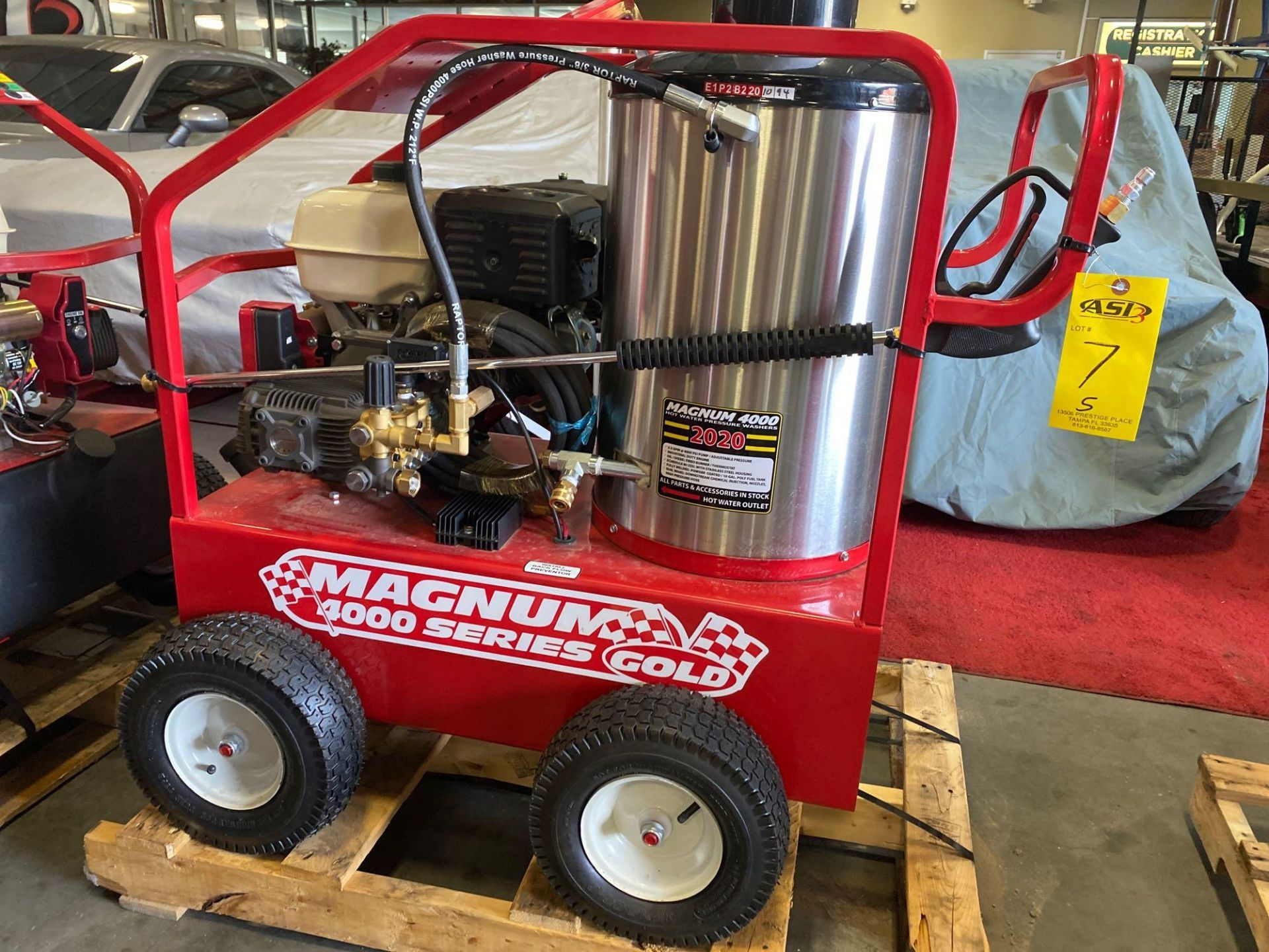Lot 7 - NEW/UNUSED 2020 MAGNUM 4000 HEATED PRESSURE WASHER, ELECTRIC START