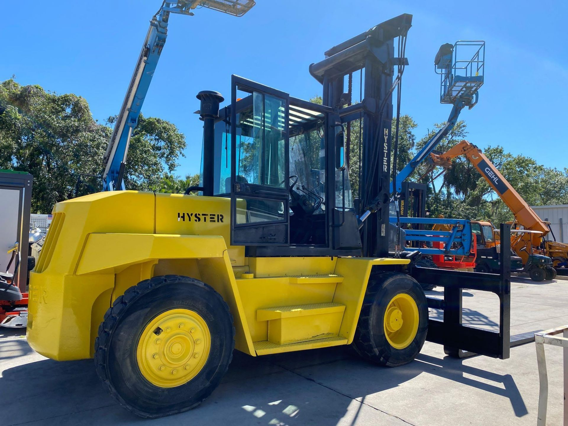 """Lot 13 - HYSTER DIESEL FORKLIFT MODEL H190XL2, APPROX. 19,000 LB CAPACITY, 212.6"""" HEIGHT CAPACITY, RUNS AND O"""