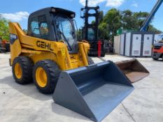 2012 GEHL 5640 ENCLOSED CAB SKID STEER