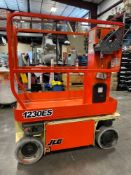 JLG 1230ES SCISSOR LIFT, 12' MAX PLATFORM HEIGHT, BUILT IN BATTERY CHARGER, NON MARKING TIRES, RUNS