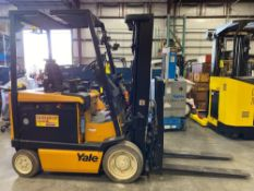 YALE ELECTRIC FORKLIFT MODEL ERC050, APPROX 5,000 LB CAPACITY, TILT, SIDE SHIFT, RUNS AND OPERATES,