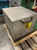 ENERPAC PER3305J HYDRAULIC PUMP AND CASE, 30000 SERIES ELECTRIC PUMP, RUNS AND OPERATES