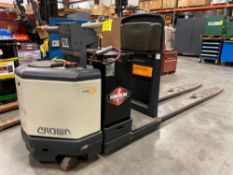 CROWN ELECTRIC PALLET JACK MODEL PC4500-80, 24V, RUNS AND OPERATES, HAS ERROR CODE