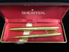 14K GOLD SHEAFFER PEN AND PENCIL SET IN BOX
