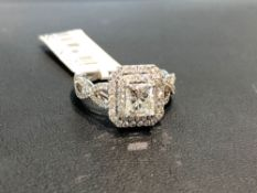 BEAUTIFUL 1.05CT PRINCESS CUT CENTER DIAMOND, GIA CERTIFIED J COLOR VS1 CLARITY, WITH .50CT SIDE DIA