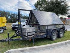 2015 PORTABLE SOLAR GENERATOR TRAILER, BATTERIES, ELECTRIC MOTOR TO TILT PANELS, RUNS AND OPERATES