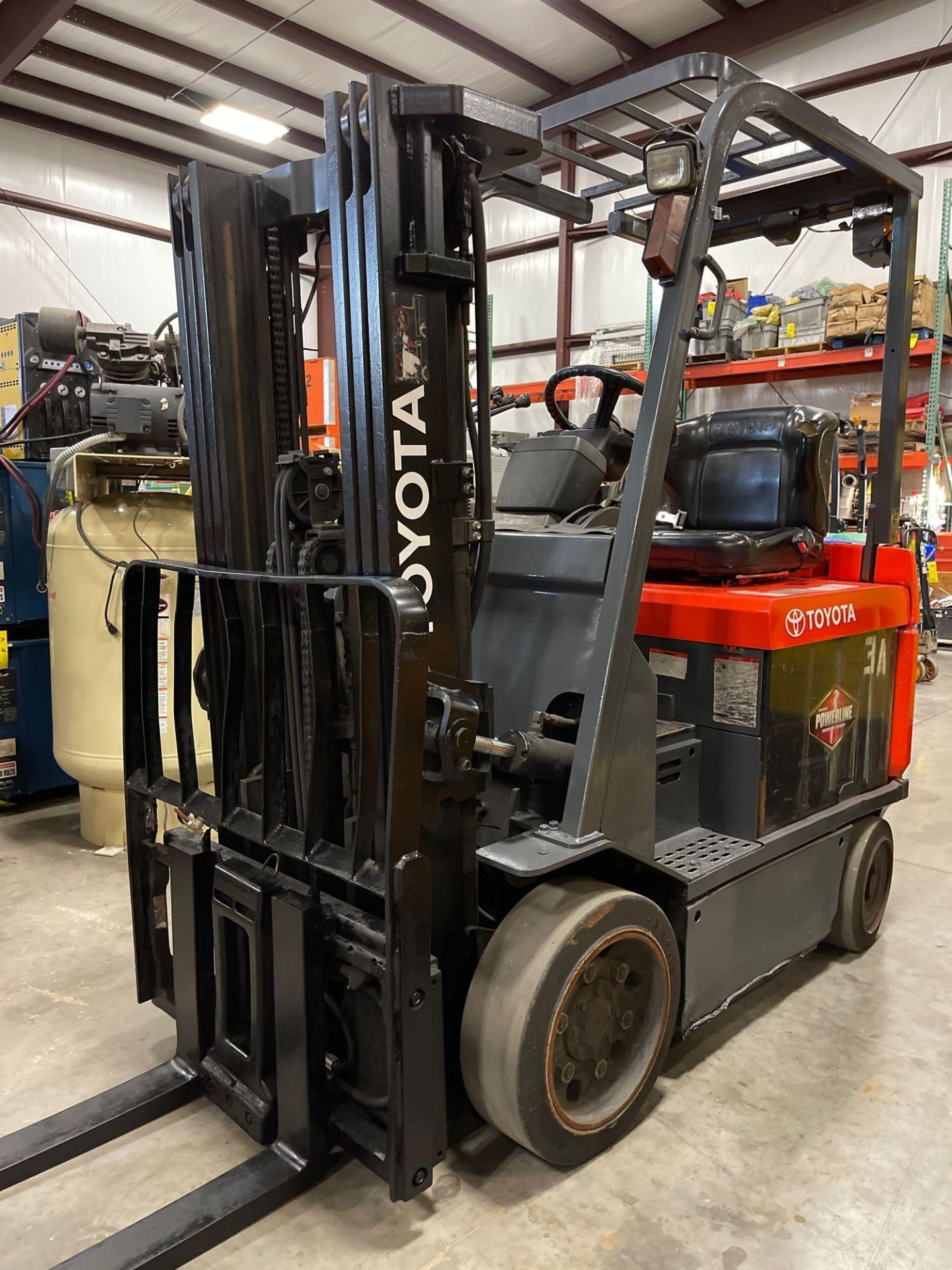 """TOYOTA 7FBCU25 ELECTRIC FORKLIFT, 5,000 LB CAPACITY, 170.5"""" HEIGHT CAPACITY - Image 2 of 18"""