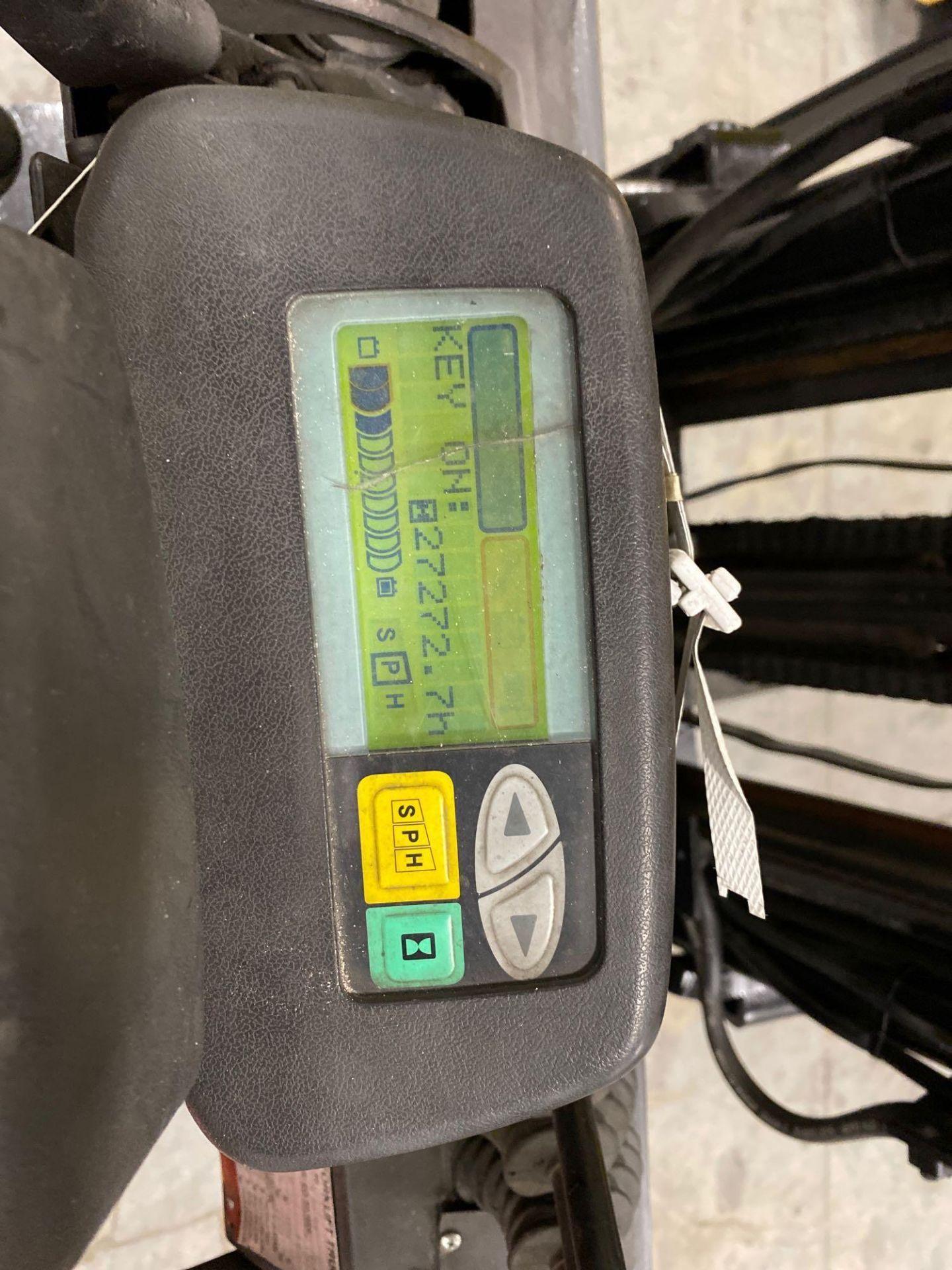 "TOYOTA 7FBCU25 ELECTRIC FORKLIFT, 5,000 LB CAPACITY, 170.5"" HEIGHT CAPACITY, TILT, SIDE SHIFT, 36V, - Image 20 of 22"