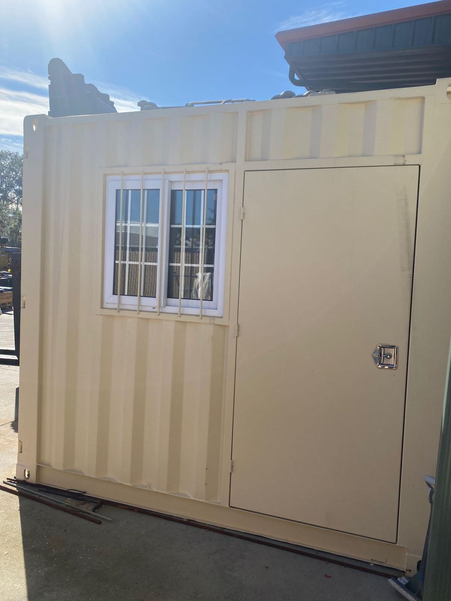 UNUSED 2020 SHIPPING/OFFICE CONTAINER WITH SIDE DOOR, FORK POCKETS, WINDOW - Image 3 of 5