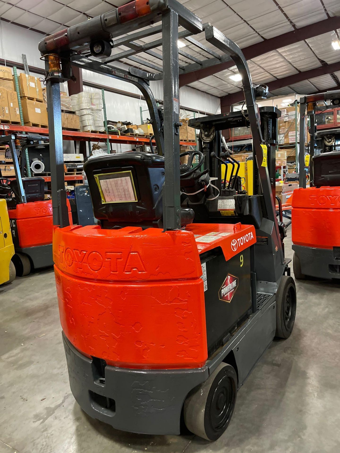 """TOYOTA 7FBCU25 ELECTRIC FORKLIFT, 5,000 LB CAPACITY, 170.5"""" HEIGHT CAPACITY - Image 7 of 20"""