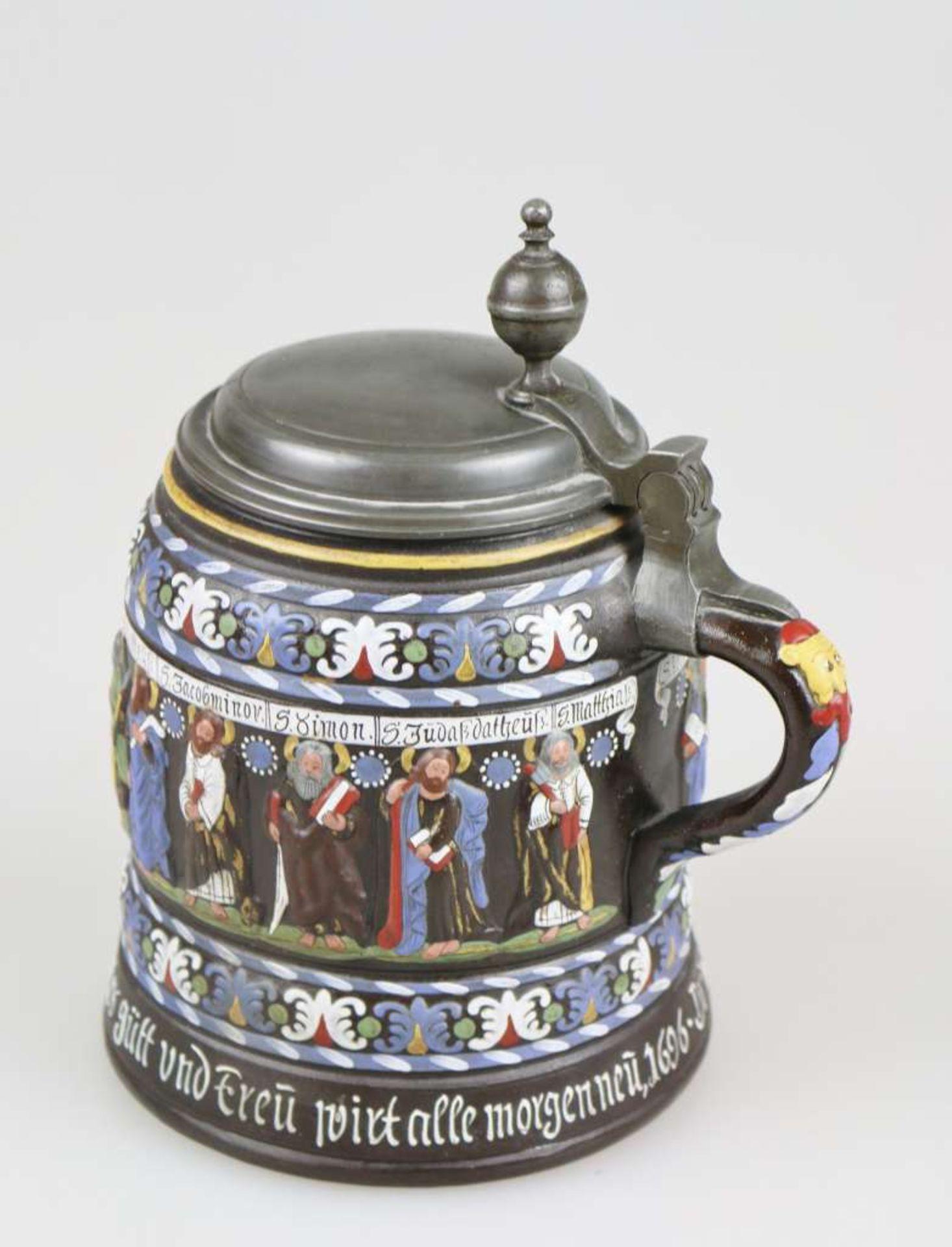 Apostelkrug im Stil der Creusenkrüge, wohl 19./20. Jh., dunkelbraun engobiertes, salzglasierte - Bild 4 aus 4