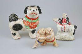 Konvolut von 3 Keramikfiguren, Japan, 19./20. Jh., wohl Spielzeug, polychrom gefasst, teils be