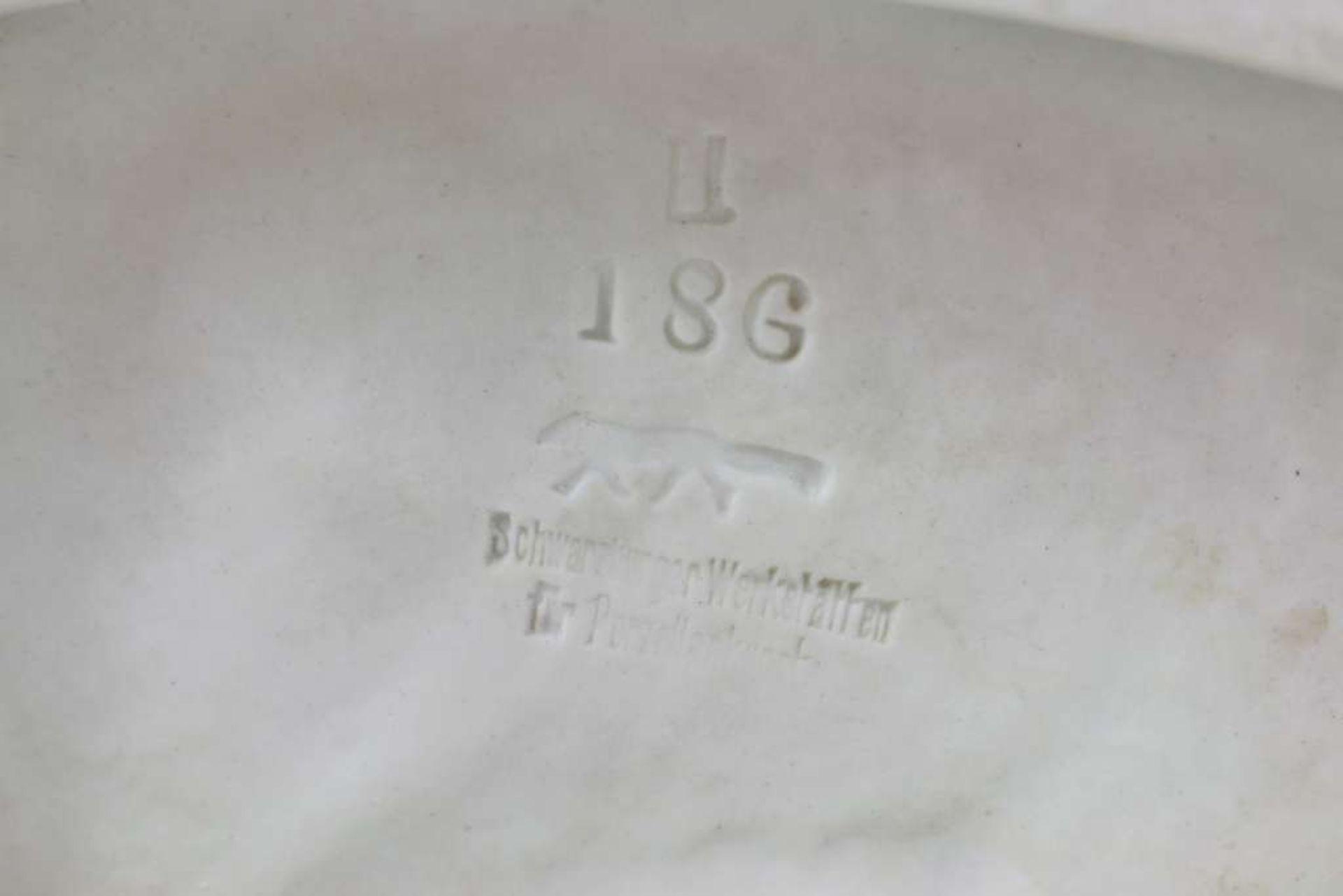Schwarzburger Werkstätten, die Schnitterin, Magd mit dem Ährenbündel, Bodenmarke mit schnür - Bild 6 aus 6