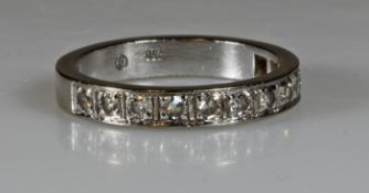 Halb-Memoire-Ring, WG 750, 11 Brillanten zus. ca. 0.16 ct., 3 g, RM 15.5