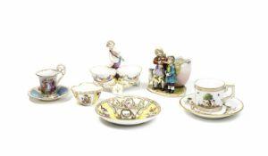 Set of porcelain parts