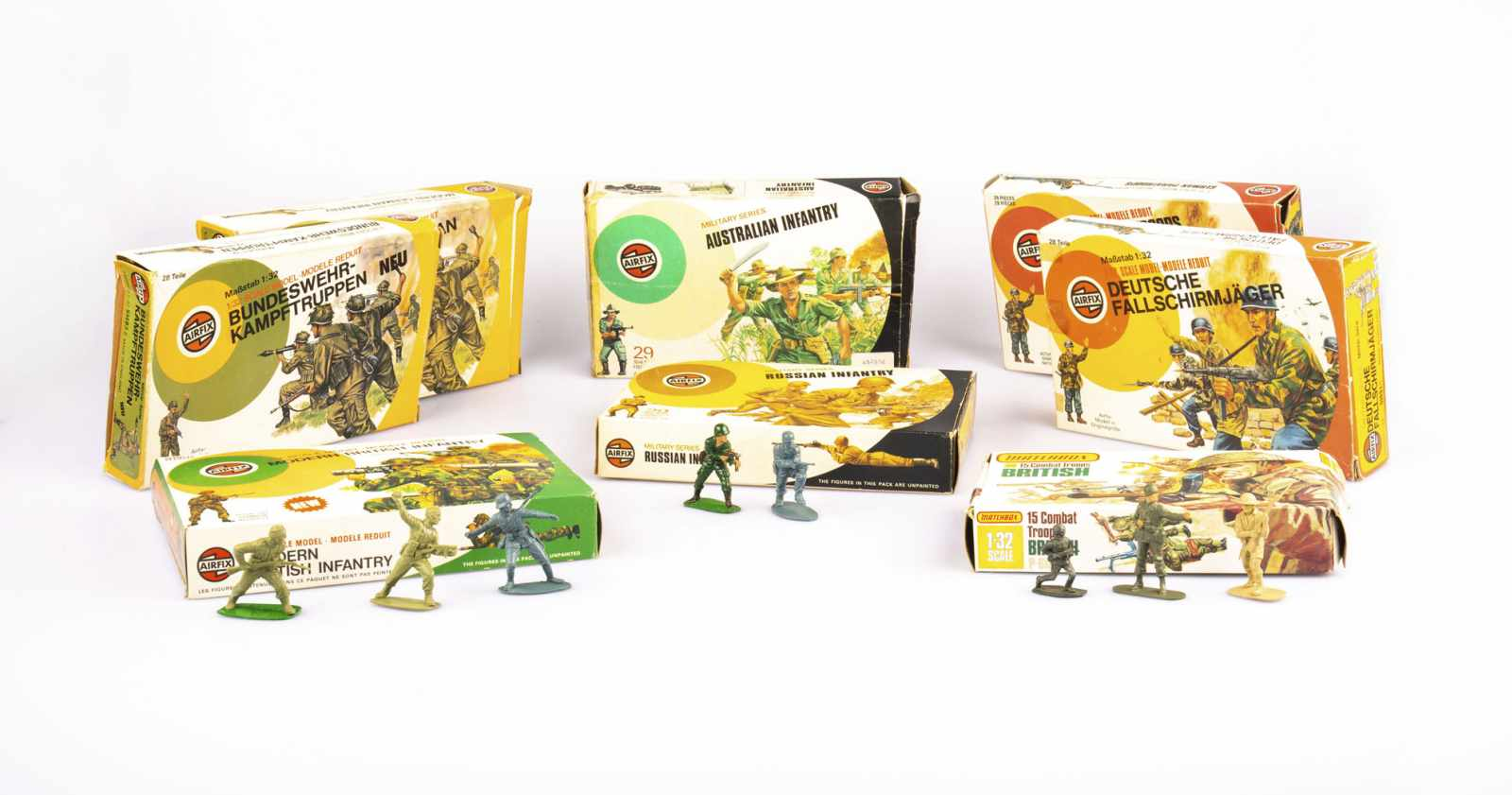 Lot 500 - Large set of toy soldiers