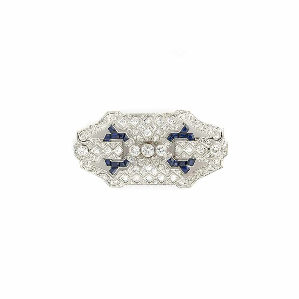 Brosche des Art Déco ca. 1920-1925, 950 Platin, punziert, mit 27 Diamanten...
