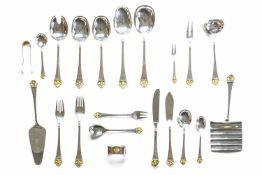 Umfangreiches Speisebesteck für 6 Personen 72-tlg., Robbe & Berking, 'Rosenmuster', Silber 800,