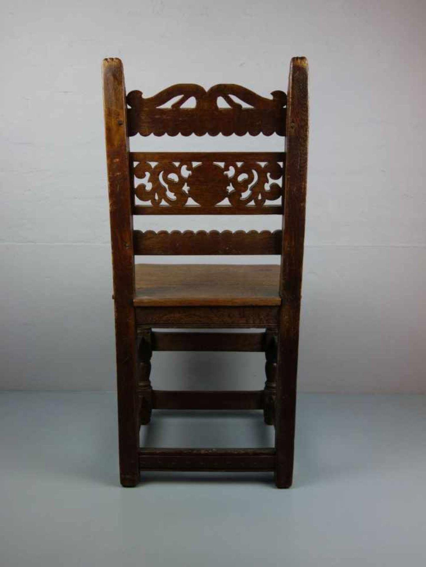 Los 308 - STUHL / HOCHZEITSSTUHL / chair, 19. Jh.; Zargenrahmen mit geschweifter Brettschürze auf vorderen...