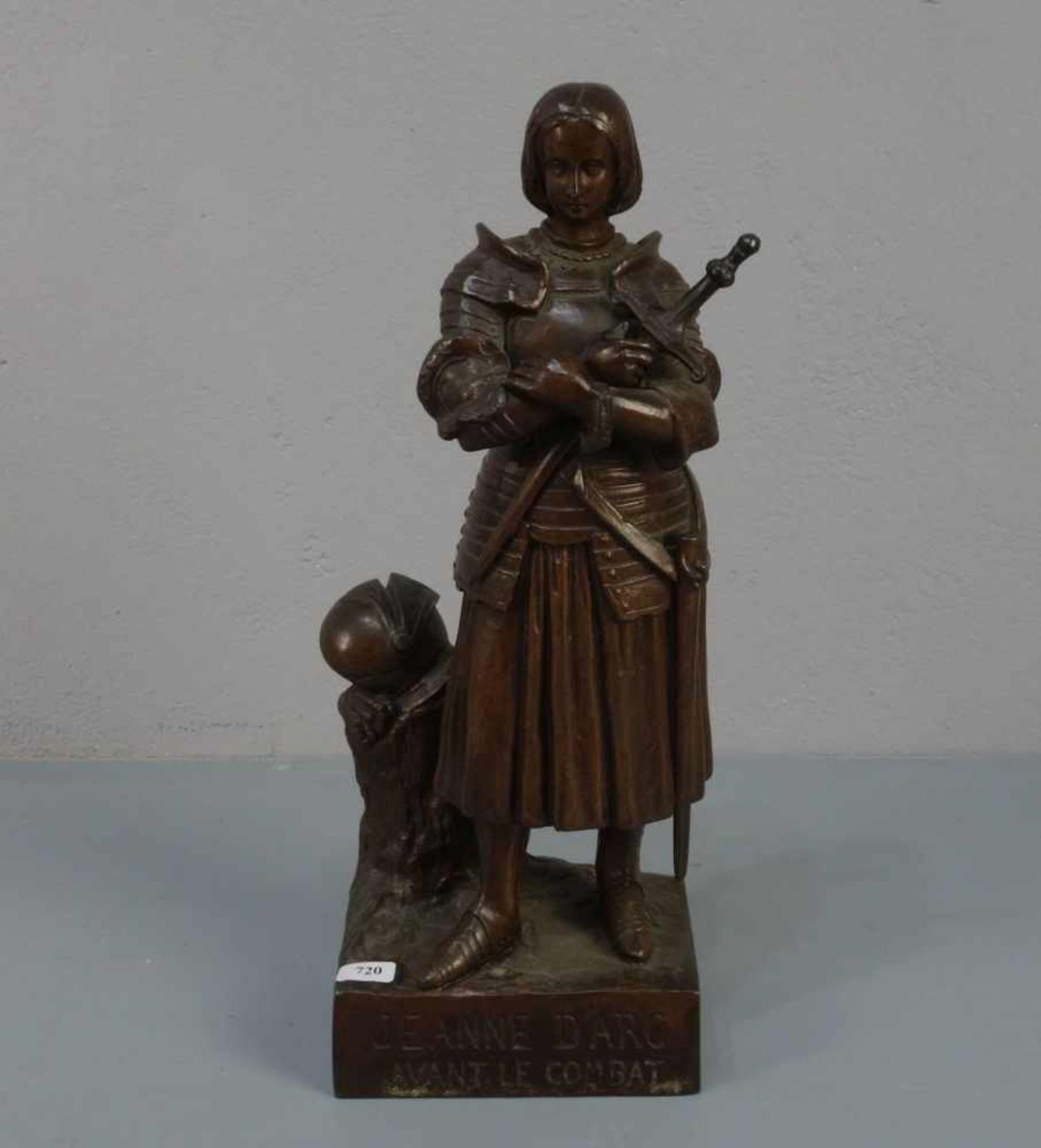 """BILDHAUER DES 19./20. JH., Skulptur / sculpture: """"Jeanne d'Arc avant le Combat (Jeanne d'Arc vor dem"""